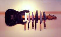 Rock and roll knifes