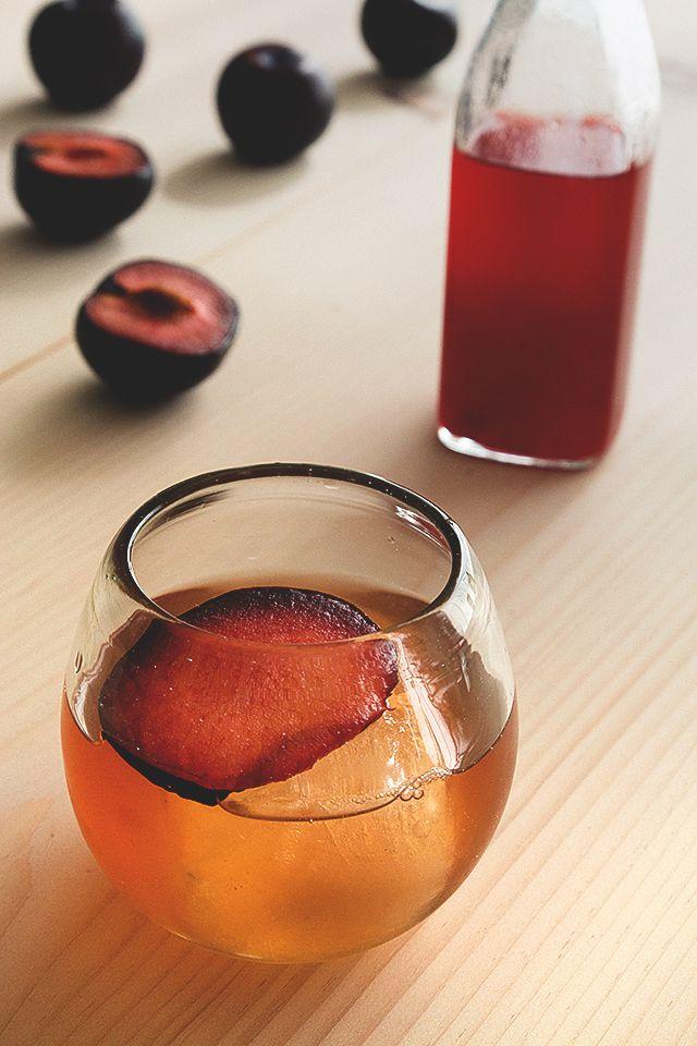plum-shrub-cocktail